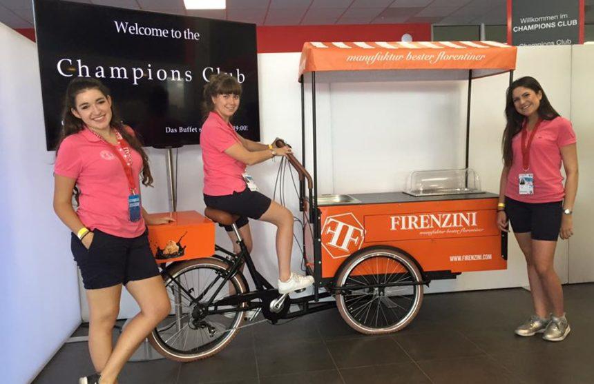 Die ATP-Girls mit FIRENZINI-Bike im Champions Club